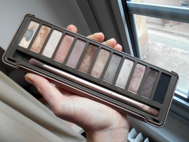 makeup-using-naked2-palette