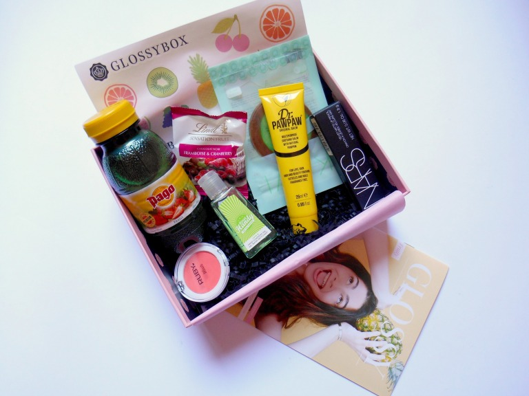 glossybox-juin-2017-fruity-unboxing