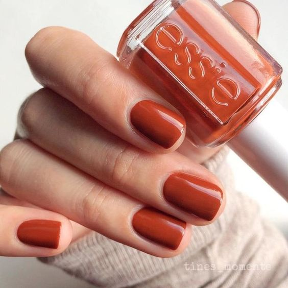playing-koi-essie