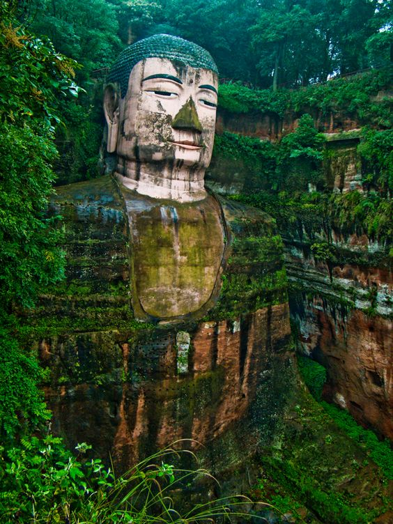 geant-buddha-china